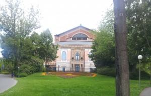 Ansicht des Bayreuther Wagner-Festspielhauses