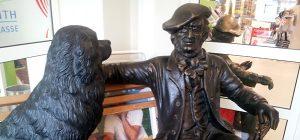Richard Wagner mit seinem Hund - Skulptur
